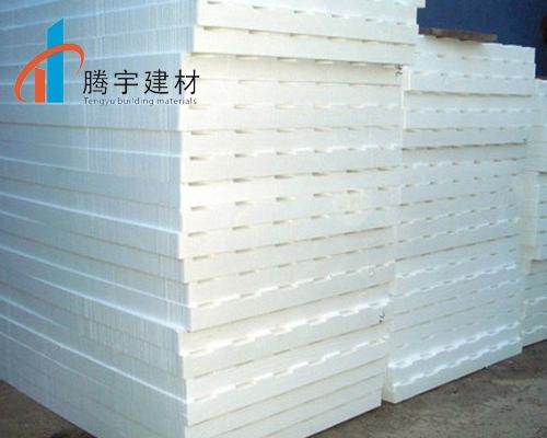 浅析A级聚合聚苯板保温板的粘贴方式与注意事项